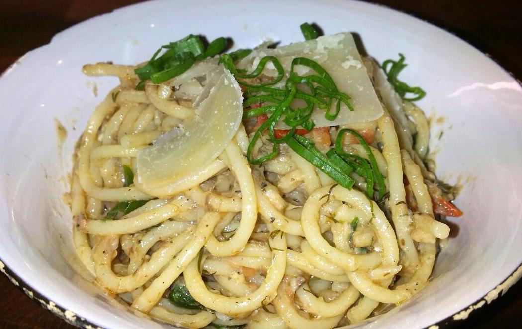 Spaghetti mit nuri Sardinen