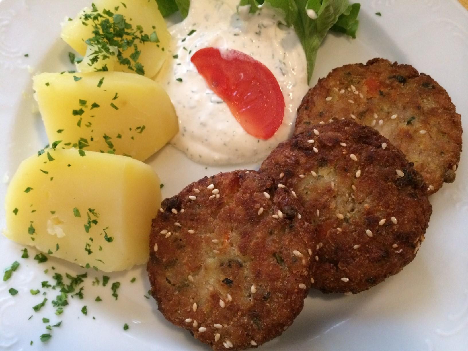 Gemüse-Hirse-Laibchen