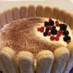Waldbeer-Tiramisu-Torte