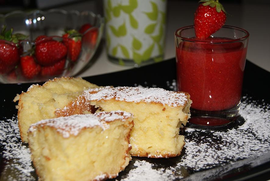 Grießauflauf mit Erdbeerpüree