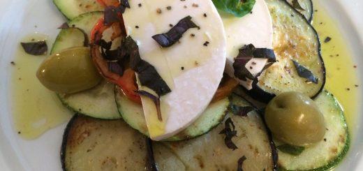 Gebratene Zucchini, Aubergine, Schafkäse