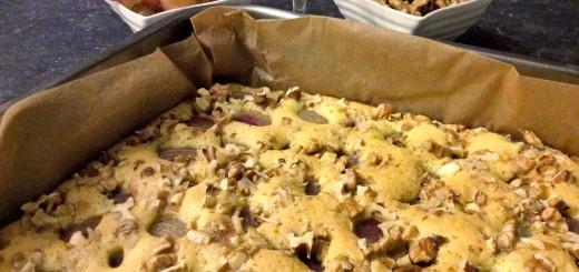 Weintrauben-Walnuss-Kuchen