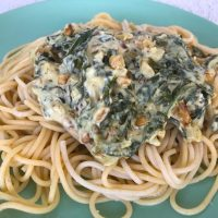 Spaghetti mit Spinat-Feta-Sauce